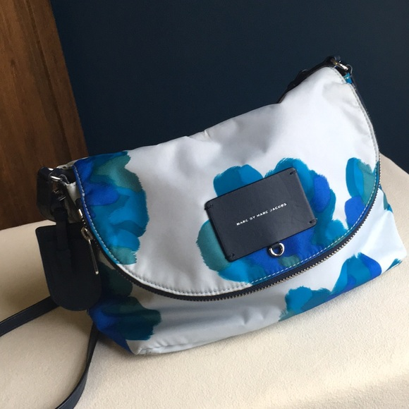 Marc By Marc Jacobs Handbags - Marc by Marc Jacobs large floral crossbody bag